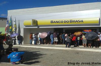 BANCO CHEIO - 700 x 400